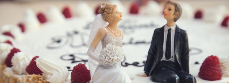 Saving cash on the big day – what to do before 'I do'